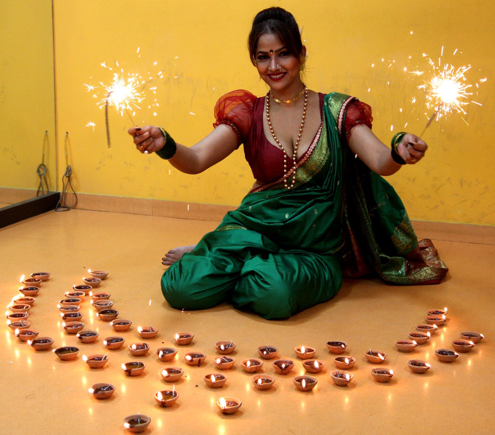 south actress tanisha singh did diwali photo shoot in