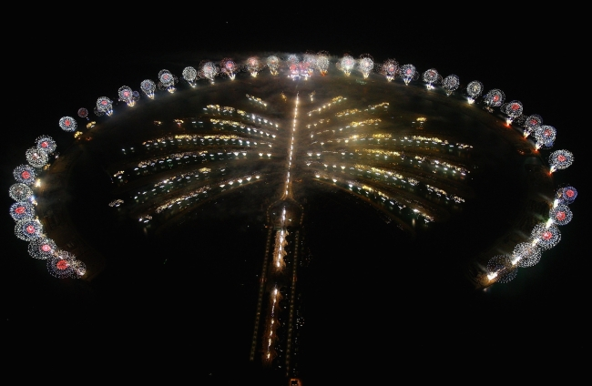 Dubai's Skyline of Icons Light up to Celebrate the End of a Landmark Year – ORIENT PUBLICATION
