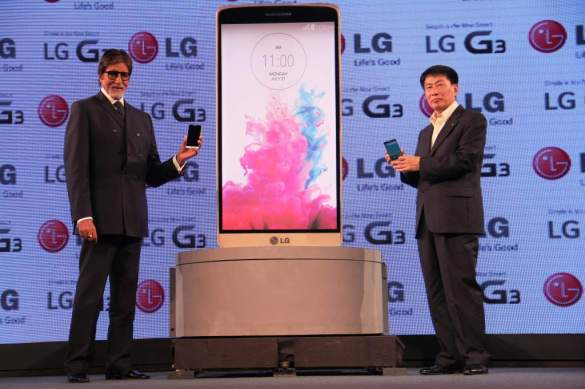 Mr. Amitabh Bachchan and Mr. Soon Kwon, Managing Director, LG Electronic..._1