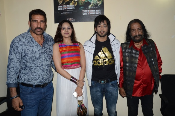 Mukesh Rishi, Sohini Paul and Mashaal Duraan, Iqbal Durrani