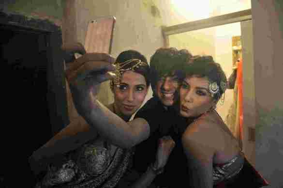 5. Rohhit Verma with Alesia Raut and Diandra Soares DSC_8716