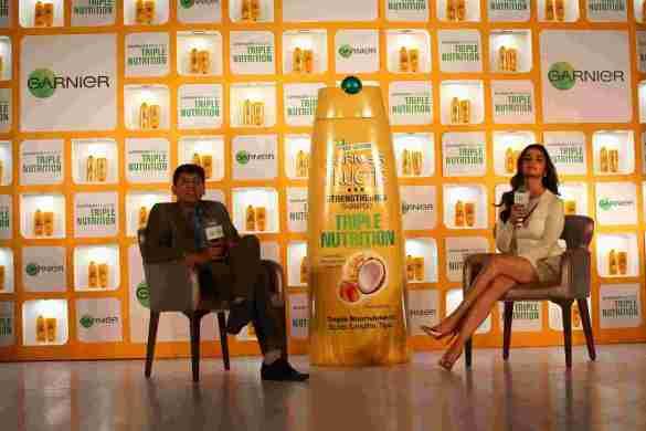 Alia Bhatt with Satyaki Ghosh, Managing Director, L'Oreal India