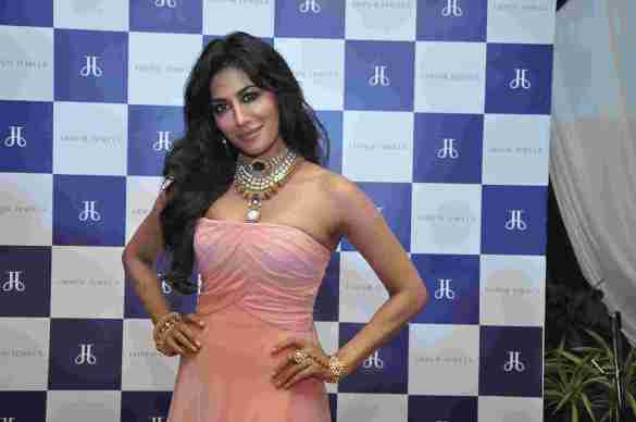 Chitrangada Singh in Make Time Stop Collection at Jaipur Jewels Store Launch Nepean Sea Road