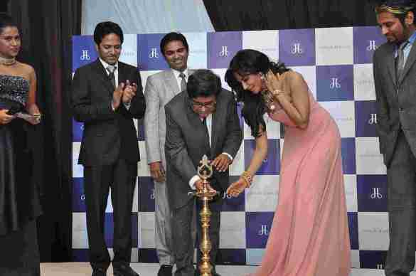 Chitrangada Singh with director Subash Naheta & other directors lighting the candle at Jaipur Jewels Nepean Sea Road