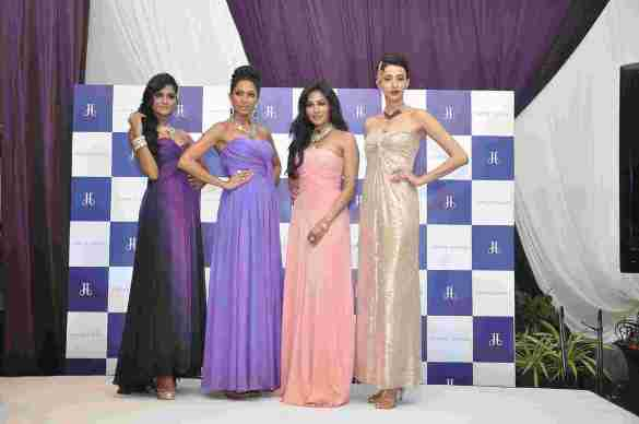 Chitrangada Singh with Models Candice Pinto, Alesia Raut and Sushrii Mishra in Jaipur Jewels Make Time Stop Collection