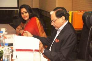 Ms. Kiren Shrivastav, (Founder ,Fempowerment and CEO  Molecule Communications) with Mr. Subhash Chandra, Chairman , ZEEL