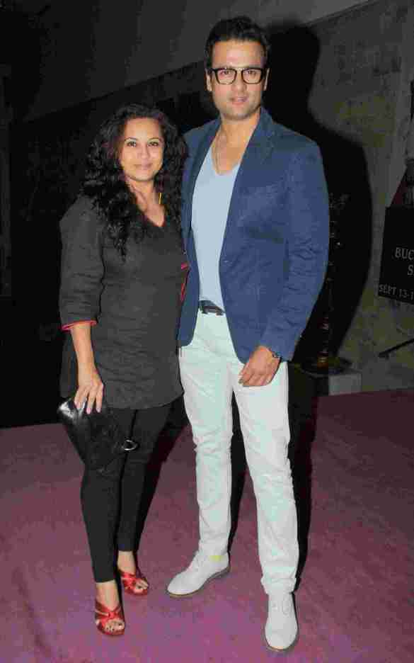 11. Rohit Roy with Wife DSC_9189