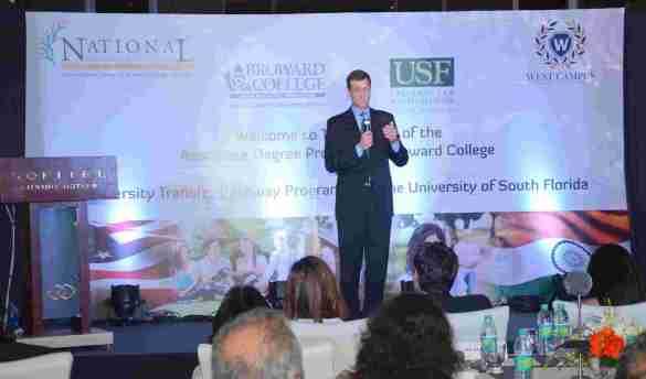 12. Mr.Thomas Vajda (Consul General, US Consulate, Mumbai)  addressing the audeince DSC_0108
