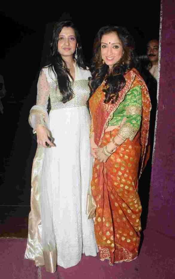 4. Amy Billimoria with Madhurima Nigam DSC_9339