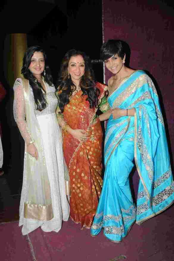 5. Amy Billimoria with Madhurima Nigam and Mandira Bedi  DSC_9345