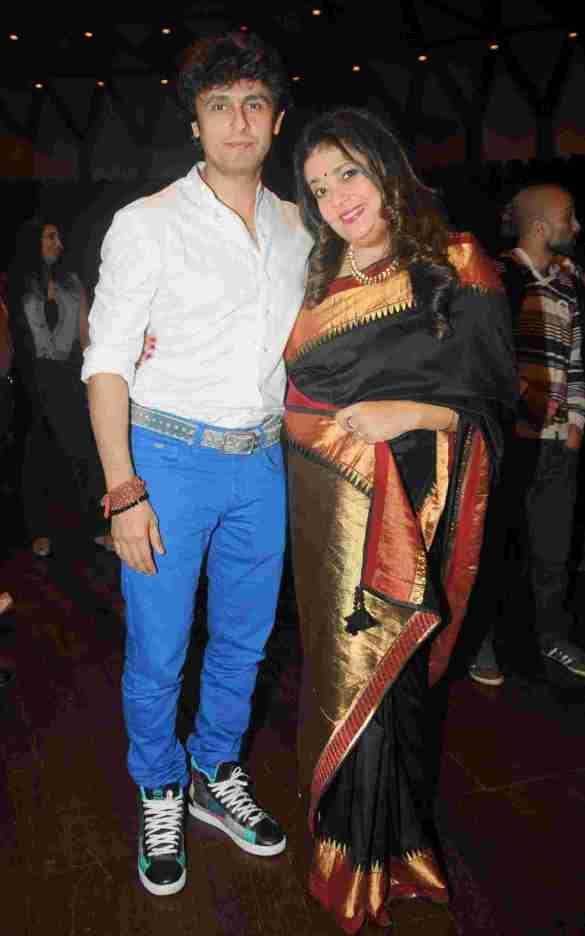 6. Sonu Nigam with Isheeta Ganguly DSC_9782