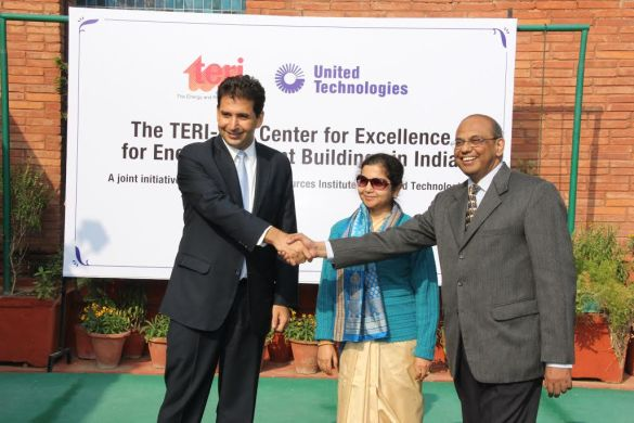 From left to right:  Mr Zubin Irani, President, Building and Industrial Systems India, UTC;  Ms Mili Majumdar, Director, Sustainable Habitat, TERI;  Dr Ajay Mathur, Director General, Bureau of Energy Efficiency at the UTC-TERI Center of Excellence inauguration for Energy Efficient Buildings in India.