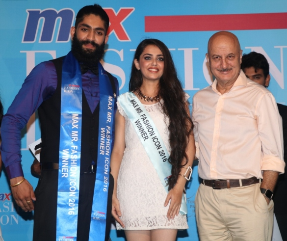 Winners with Anupam Kher