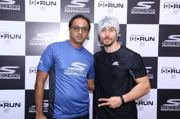 Mr Rahul Vira and Tiger Shroff launch Skechers GoRun5.jpg
